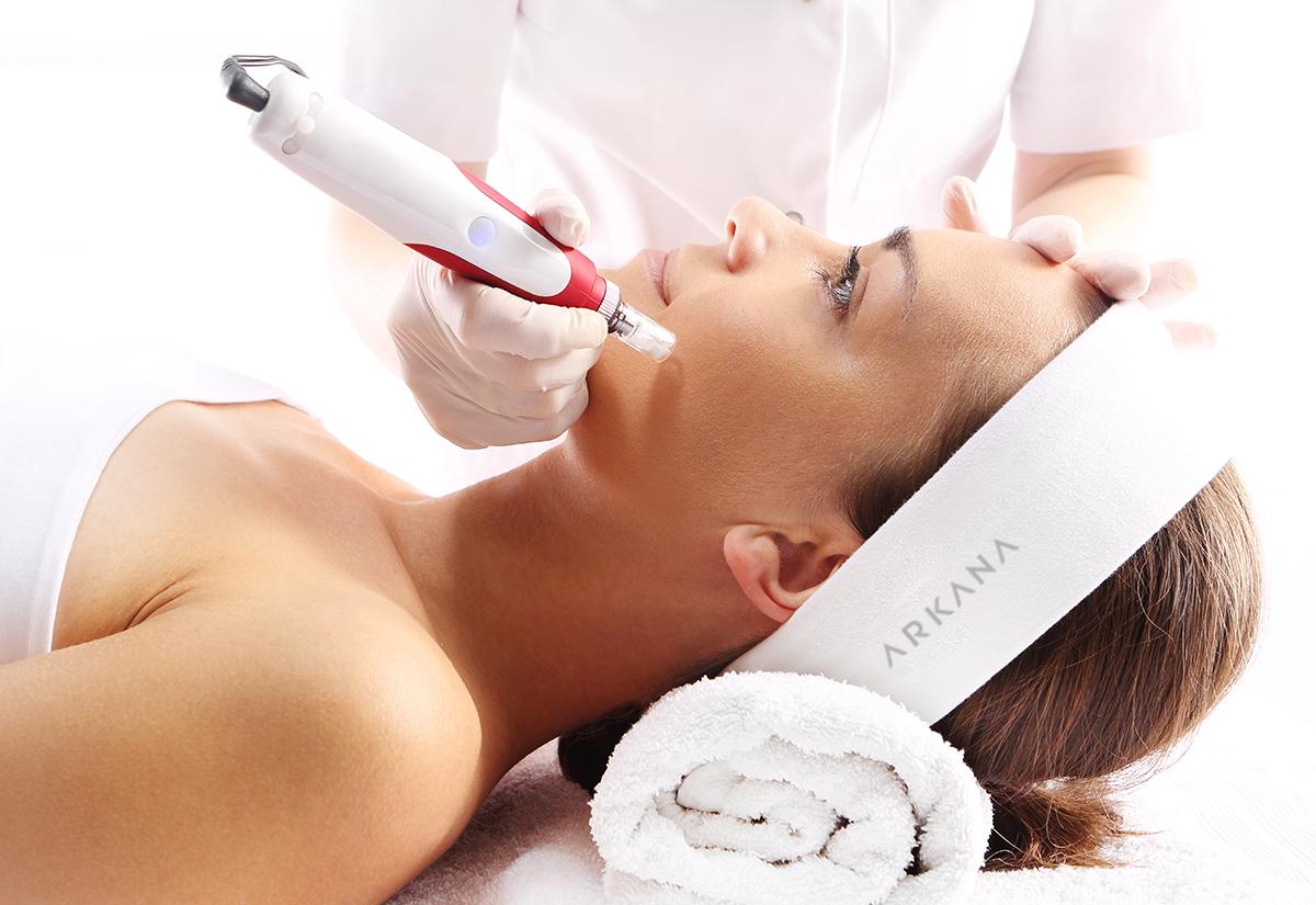 Mezoterapia mikroigłowa – przeciwwskazania, preparaty, efekty i pielęgnacja skóry po zabiegu